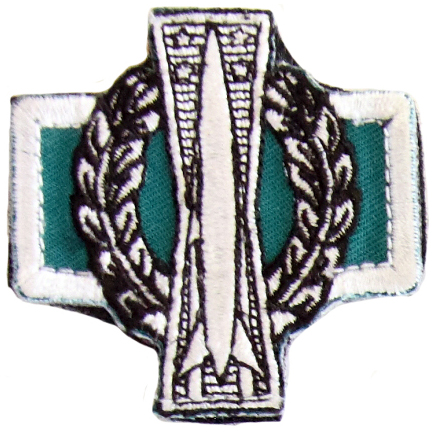 (Missile Badge with Operations Designator, on green)